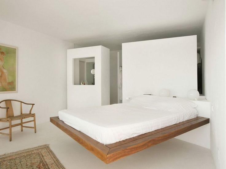 Schlafzimmer mit schwebebett im modernen landhausstil und - Schlafzimmer bambus ...