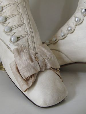 Pearlized button shoe-boots accented with bows; dove gray/bone color;  Posted by whisperofvintage