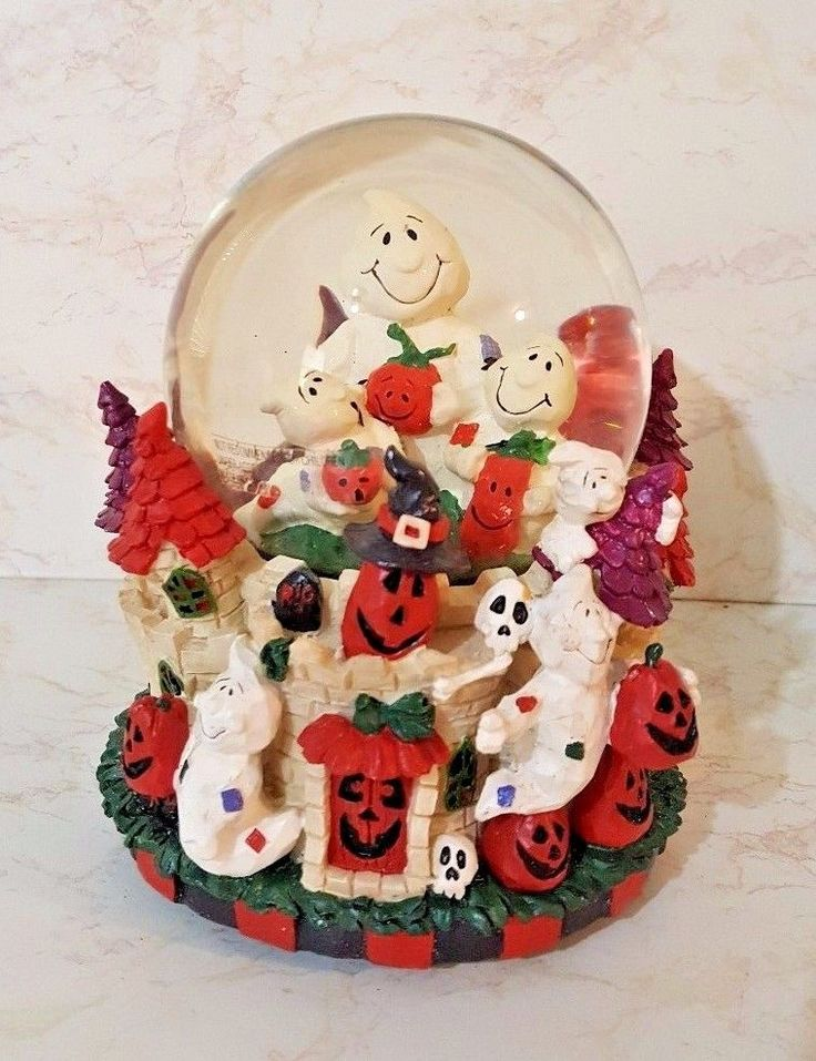 Halloween Ghost Musical Waterglobe - Williams Sonoma - Ghosts, Bats, Pumpkins-6""