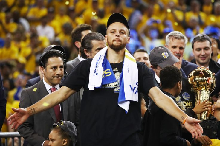 Stephen Curry supports skipping White House visit, hopes it will 'inspire some change'