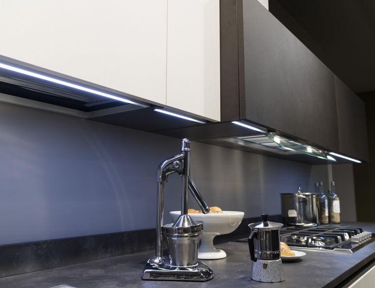 Oltre 25 fantastiche idee su illuminazione isola cucina su for Piastrelle paraschizzi cucina