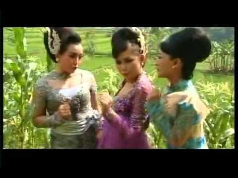 Pop Sunda Dadang-Deden Ngamumule Budaya Sunda