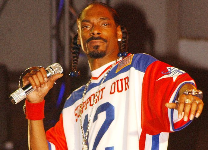 Snoop Dogg Wanted As 'Planet Earth' Narrator; Petition Has 50k Signatures and Counting