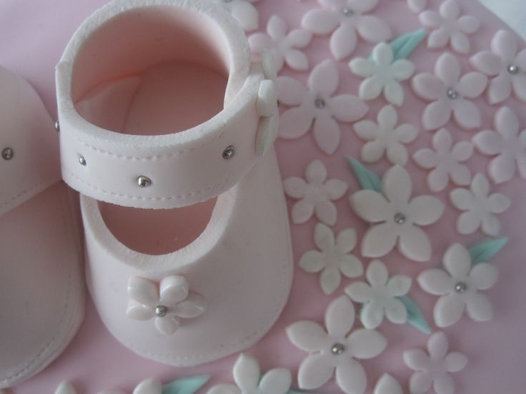 how to make booties out of fondant | ... 3D Fondant Baby Booties ANY COLOR 100% edible cake fondant topper
