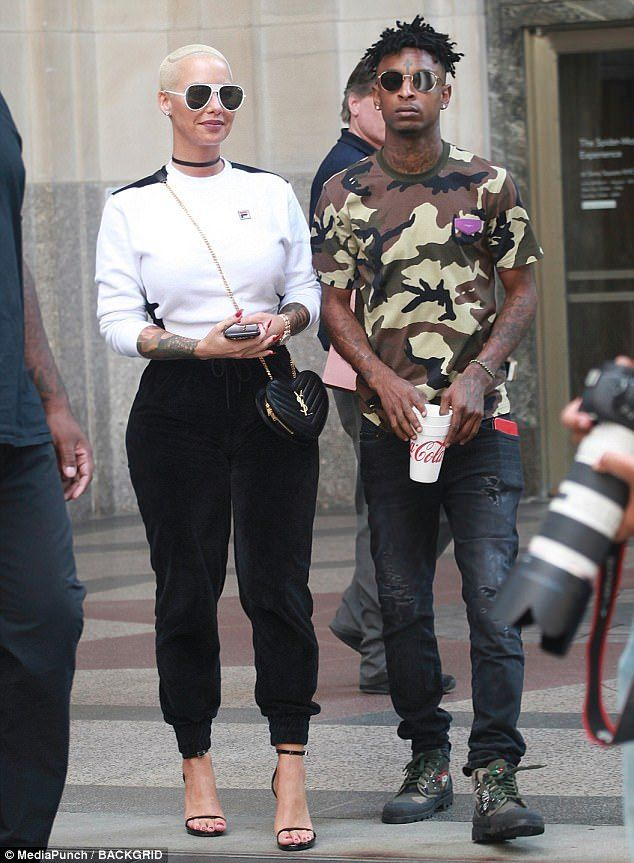 Amber Rose Steps Out In Sweats For Stroll With Boyfriend 21 Savage [Photos]