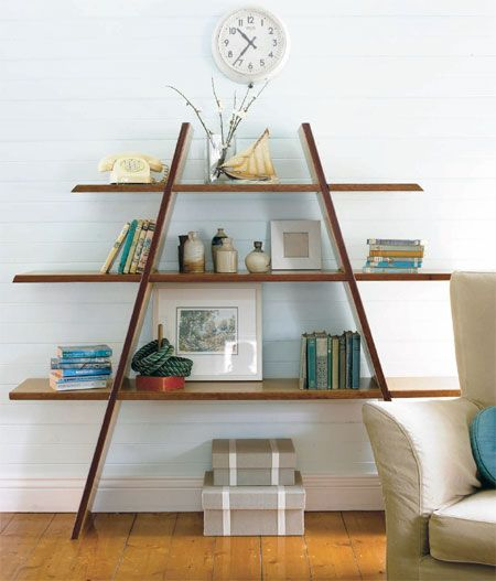 Diagonal Shelf Creates A Great Geometric Shape To You Space Easy How