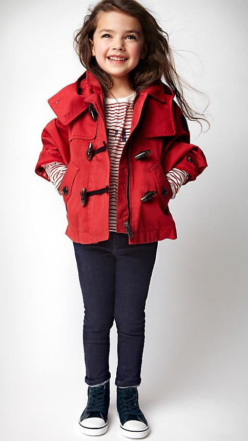 Burberry Oversize Cropped Duffle Coat .