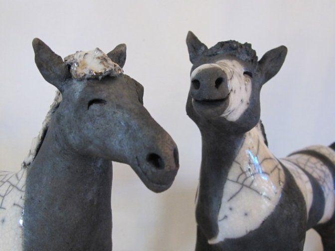 Pferd in Raku Technik