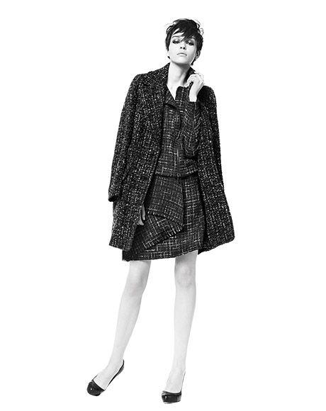coat ZIP, jacket FICUS, skirt BLIGNY, pumps PETALO