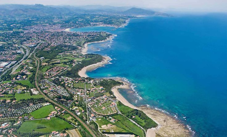 Réservez directement votre séjour au sein du camping Merko Lacarra, aux meilleurs prix du marché de l'hôtellerie de plein air à St Jean de Luz