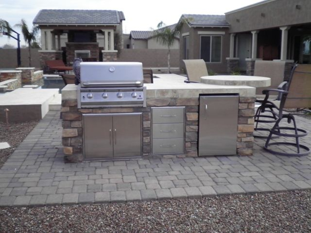 Landscaping designs arizona arizona backyard designs for Bbq grill design ideas
