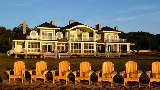 Touchstone on Lake Muskoka | Resorts and Lodges.