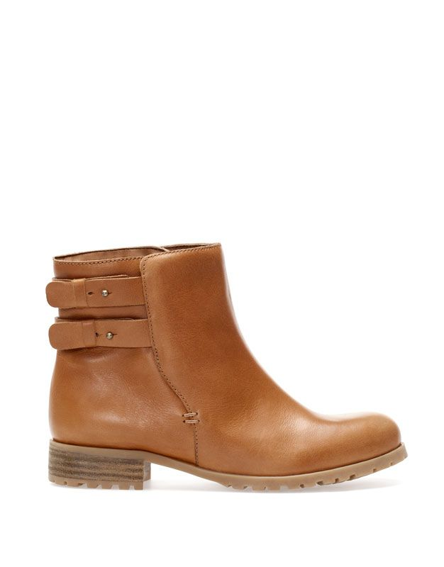 ANKLE BOOTS WITH STRAP AND FUR DETAIL - NEW PRODUCTS - WOMAN - PULL Spain