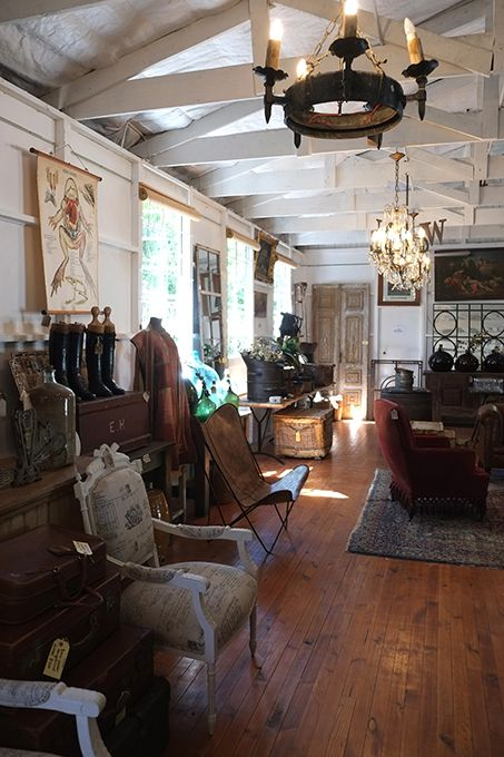 Variety of Antiques, Collectables and Art