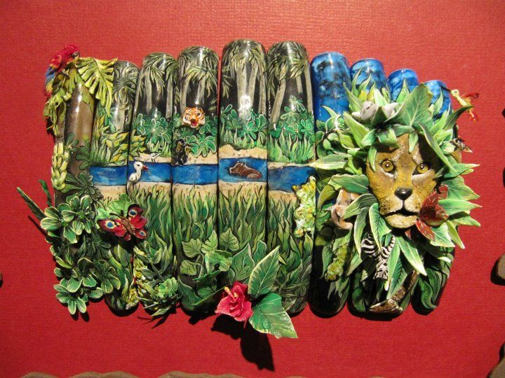 SHOWCASE NAIL ART – 3rd place – Caroline Carrick