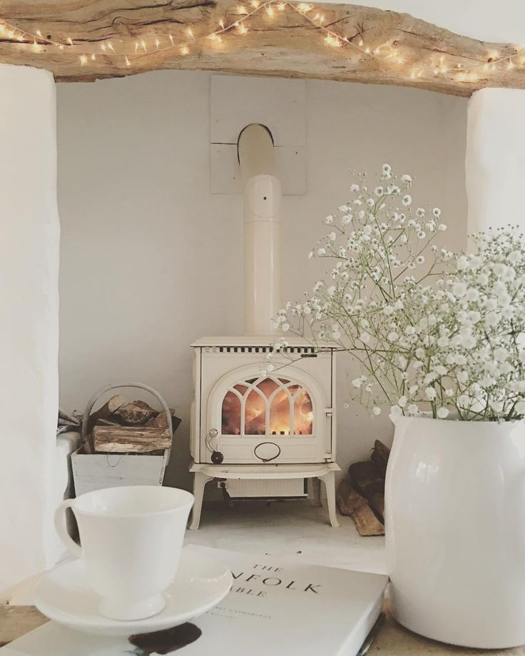 "2,639 Likes, 66 Comments - Cottage life (@cowparsley_and_foxgloves) on Instagram: ""Cosy #home #toasty #coldjanuaryday"""