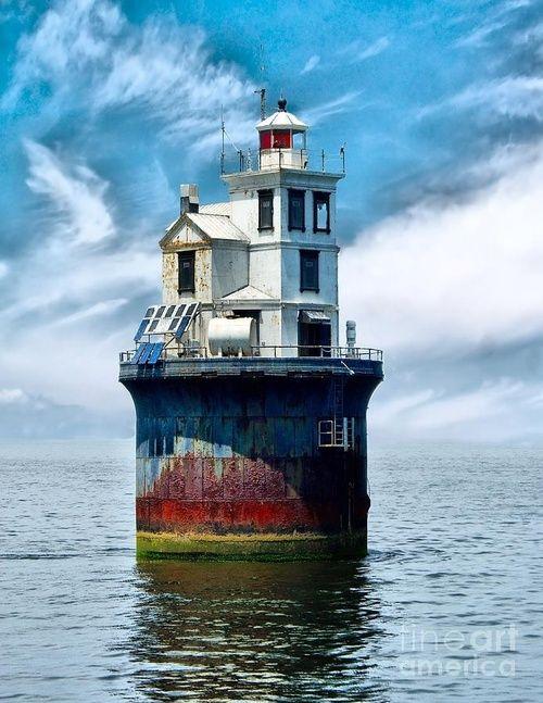 Fourteen Foot Bank Lighthouse in the Delaware Bay, U