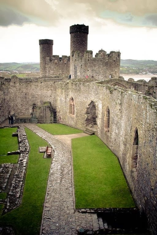 """>architecturia:  Conwy Castle, Wales lovely art"