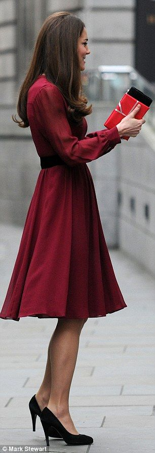"""Duchess of Cambridge @ 3 and a half months.. wearing a 100% silk Whistles Sofie Rae dress in burgundy.. complete with black suede """"Angel"""" pumps from Episode at House of Fraser."""