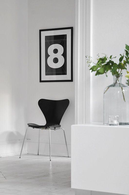 Grafisk indretning bolig sort hvid black white arne jacobsen syver ...