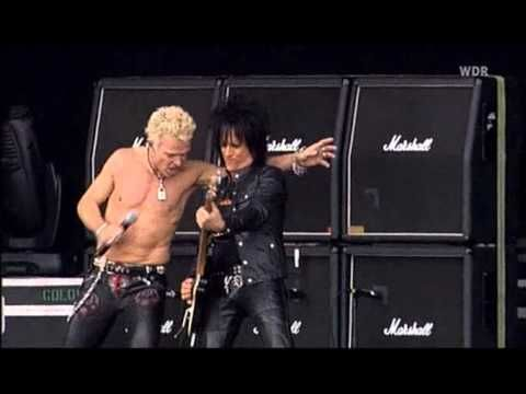 Billy Idol - Live at Rock am Ring-Rebel Yell.avi  Saw him in concert many years ago. One of the best shows.