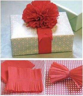 Moños hechos con papel crepe, para decorar tus regalos.