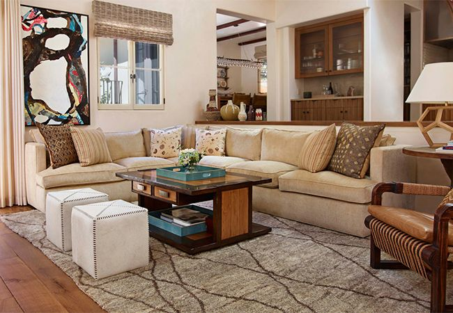 5 Reasons Your Living Room Needs a Sectional Sofa