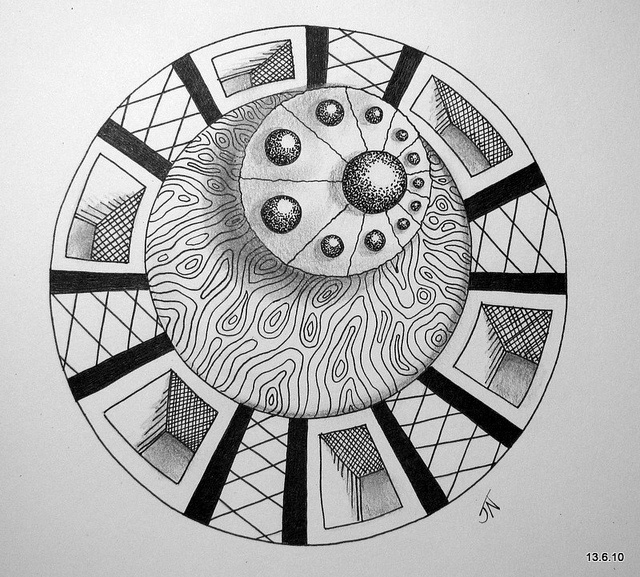 17 Best images about Zentangle - Circles on Pinterest | Postcards ...