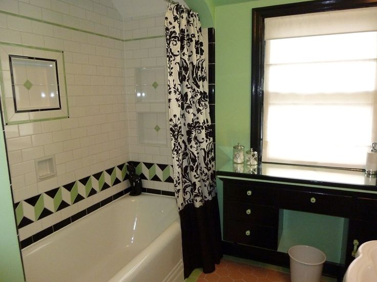 Custom Made Tile By Pratt U0026 Larsen Is The Focal Point Of This Bathroom  Renovation