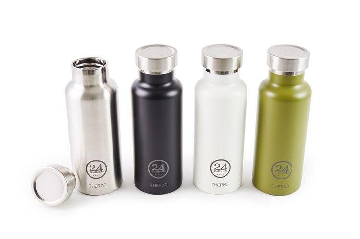 冷たい飲み物は冷たいまま。温かい飲み物は温かいまま。驚異の保冷24時間、保温12時間のステンレスサーモボトル(水筒)。その秘密は、魔法瓶と同じステンレススチールの2層構造。耐熱、耐冷性に優れているだけではなく、温かい飲み物は持ち手が熱くなりにくく、冷たい飲み物は結露ができにくいのが◎。THERMO BOTTLE…