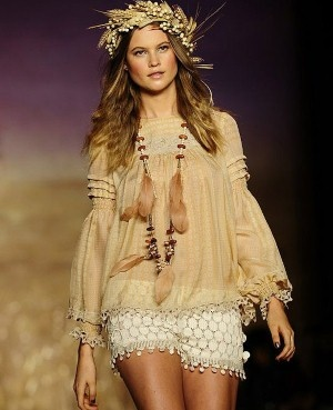 Anna Sui, wish i could pull these shorts off..