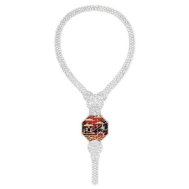 Ожерелье Antumn in Shanghai. Белое и желтое золото, бриллианты, желтые бриллианты, гранаты и красный лак.