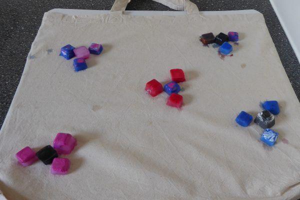 Färben mit Eiswürfel bei dieJudica,de