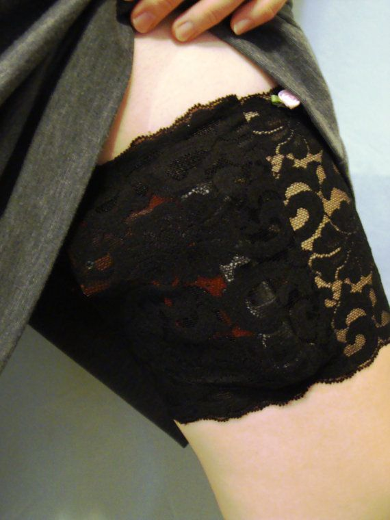 Concealed Carry Lace Thigh Holster For Women CCW by ShootingTulips