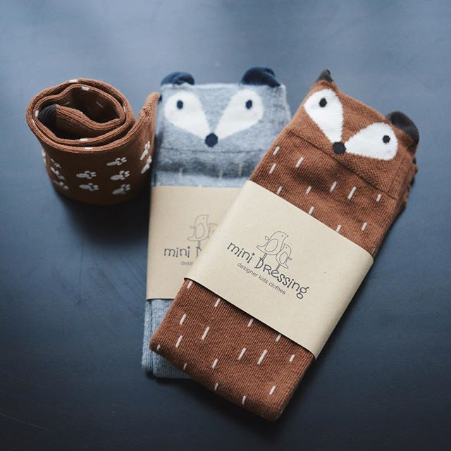 Elles sont absolument trop adorables ces chaussettes raccoon trouvées chez @roseandcabbage. Suivez-moi sur Instagram en cliquant sur l'image. Follow me on Instagram ! Vanessa Pouzet