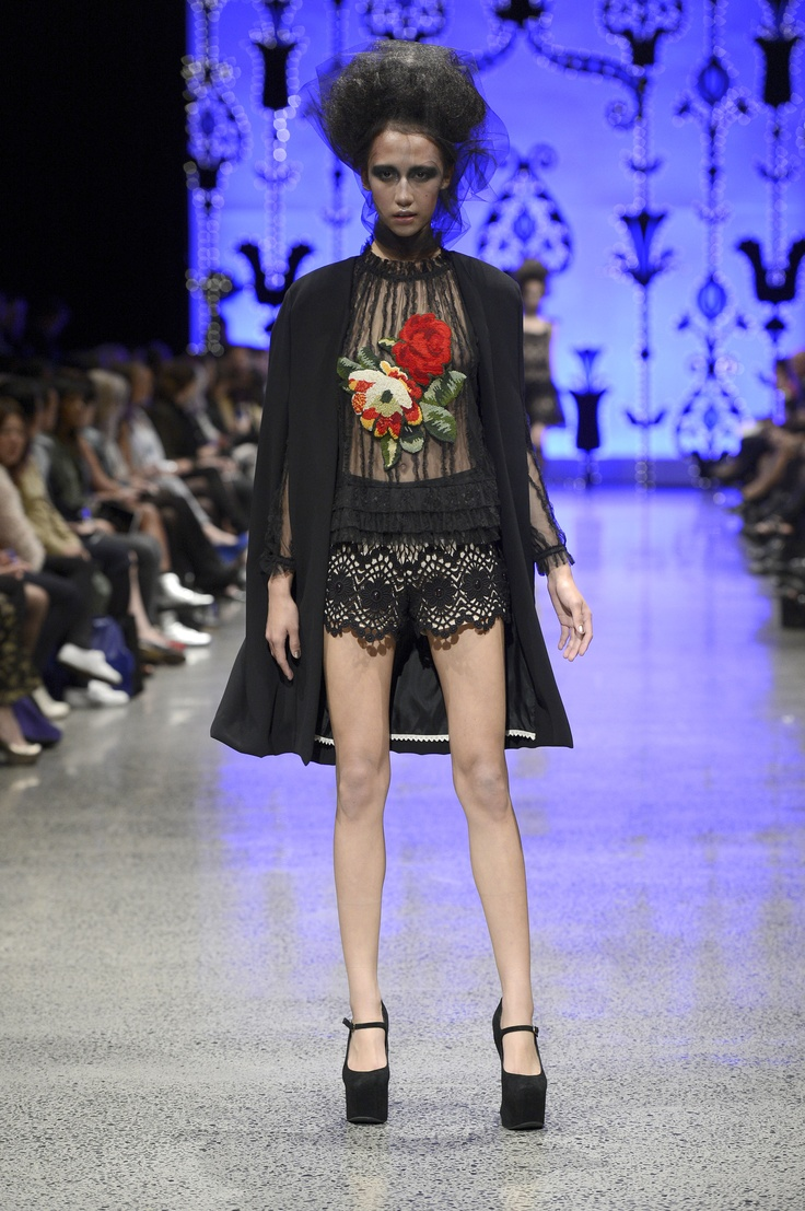Trelise Cooper Dark Knight Jacket, Picture Perfect Top, Madcap Charm Shorts