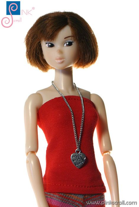 momoko doll clothes (red top) by Pinkscroll