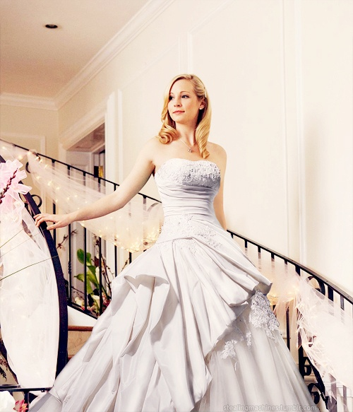 Candice Accola - Caroline Forbes (incredible photoshop)