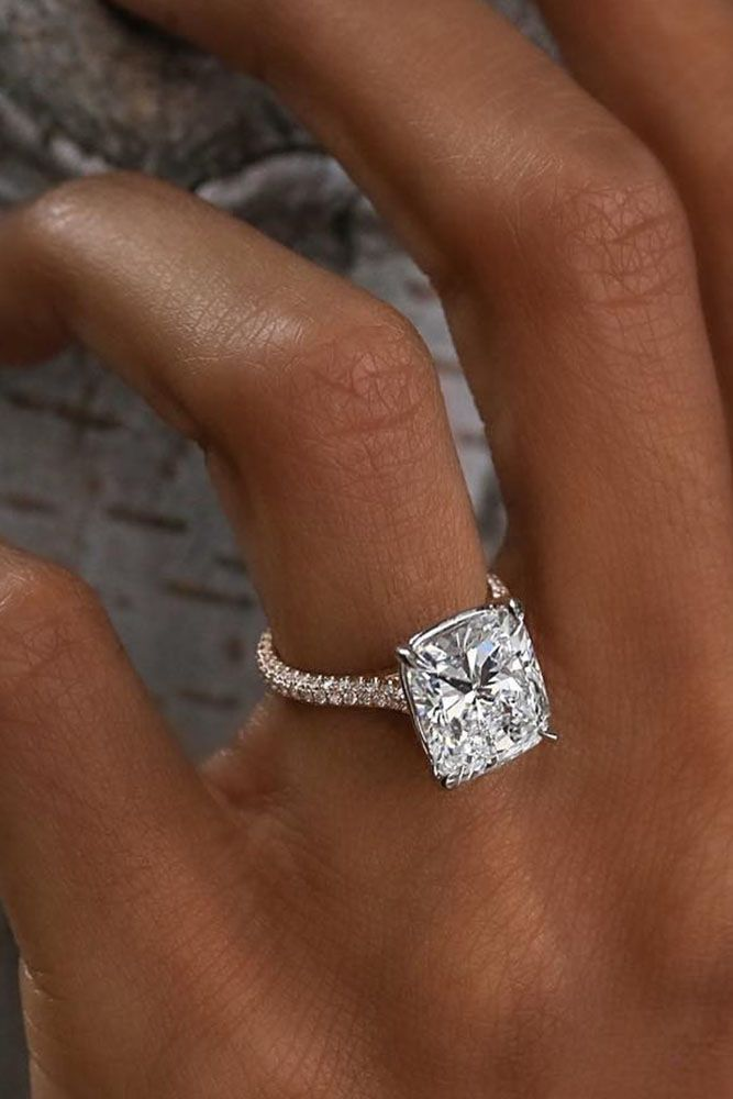 10 Fresh Engagement Ring Trends For 2018 ❤️ engagement ring trends pave band solitaire diamond ❤️ See more: http://www.weddingforward.com/ring-trends/ #weddingforward #wedding #bride #engagementrings Eengagementringstrends
