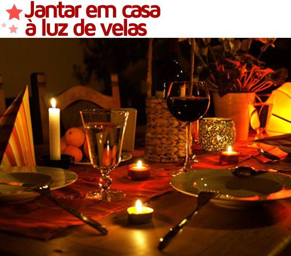 Um jantar à luz de velas é perfeito para fazer um pedido de namoro irrecusável <3