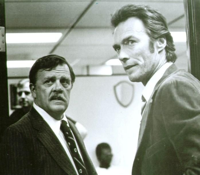 Pat Hingle Clint Eastwood in The Gauntlet photo 1977