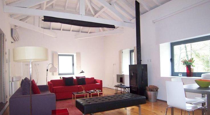 Casa Rio Vez - era um lagar de azeite; agora é uma casa charmosa, de espaços generosos e arquitectura contemporânea