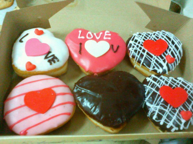 VALENTINE´S DOUGHNUTS | BE MY VALENTINE | Pinterest