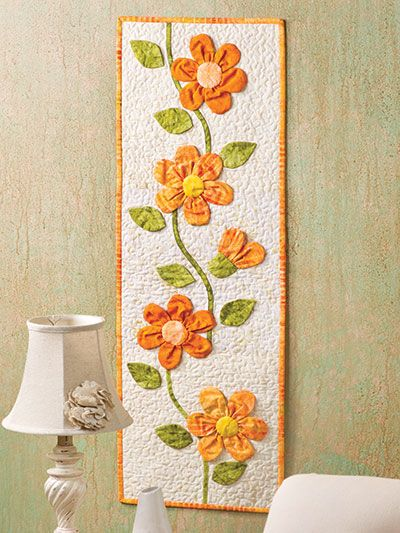 peachy keen wall hangingi love these fabric flowers - Fabric Wall Designs