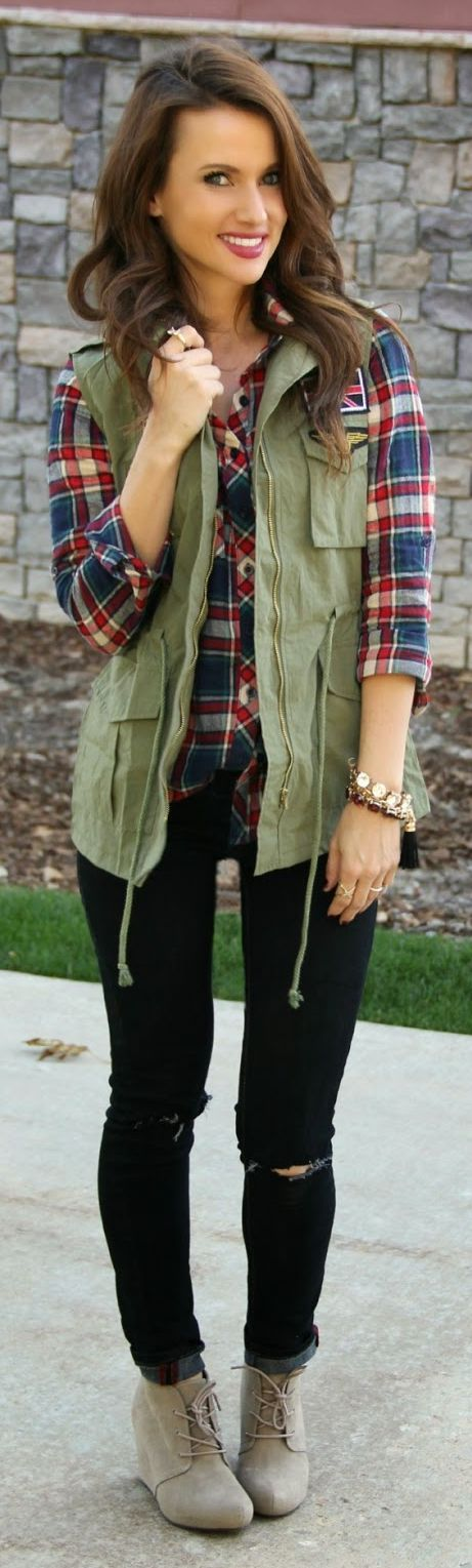 Vest looks too bulky for me but I like the olive green, plaid, and black combo.