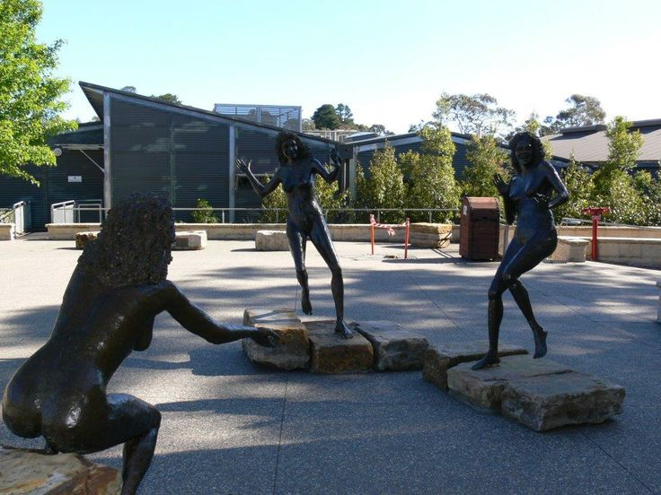 The Legend of the Three Sisters - Katoomba - NSW