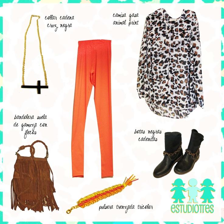 collar cruz acostada negra + calzas lycra salmon + camisa animal print + bandolera flecos suela + pulsera fluo + botas cadenitas.