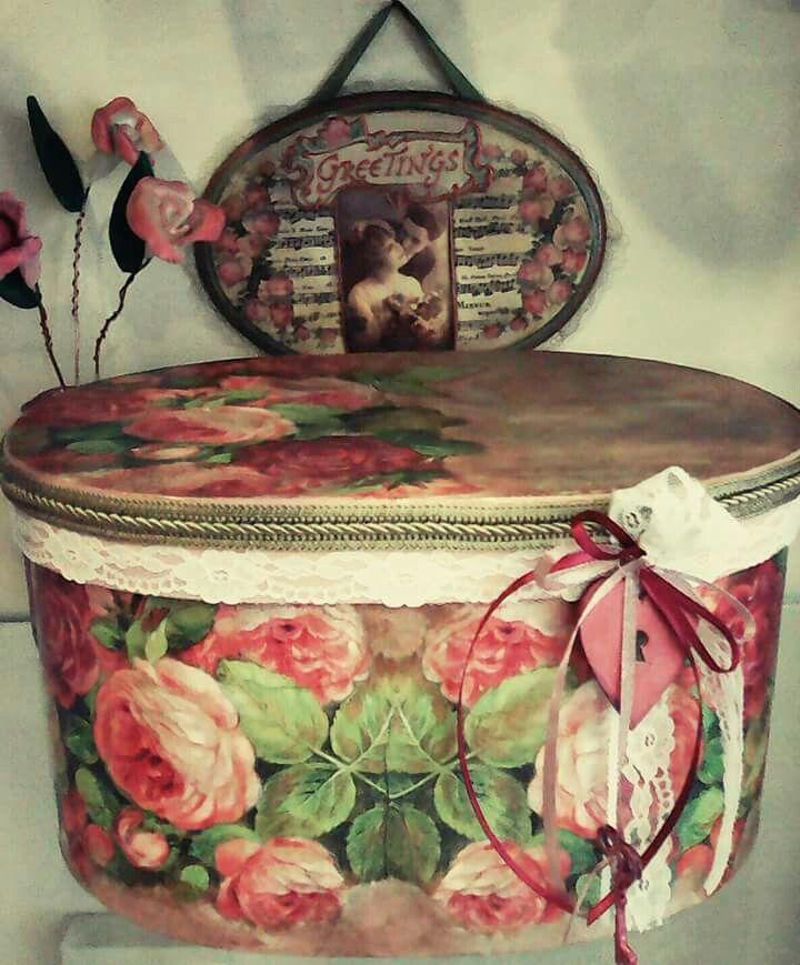 Κουτί καπελιερα vintage
