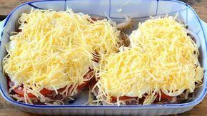 Dnes Vám představíme dokonale nenáročný recept na úžasně chutné a lehké jídlo, které si zamilujete na první dobrou. Šťavnaté kuře, zapečené s bramborami, rajčetem, majonézou a sýrem se rázem stane vynikajícím obědem. Žádné zdlouhavé vaření, které Vám požírá energii, nebude v tomto případě potřeba. Na nic nečekejte a při nejbližší …