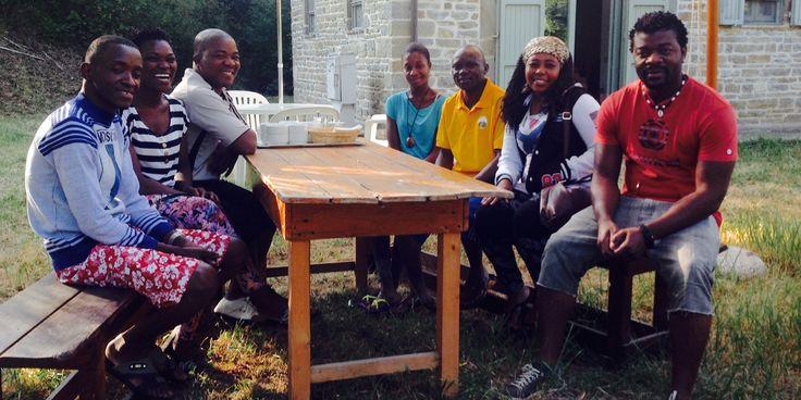 Sono arrivati! http://www.ilteatrofabene.it/larrivo-alla-libera-universita-di-alcatraz/ #diaridiviaggio #africa #mozambico #teatro #salute #jacopofo #alcatrazgubbio
